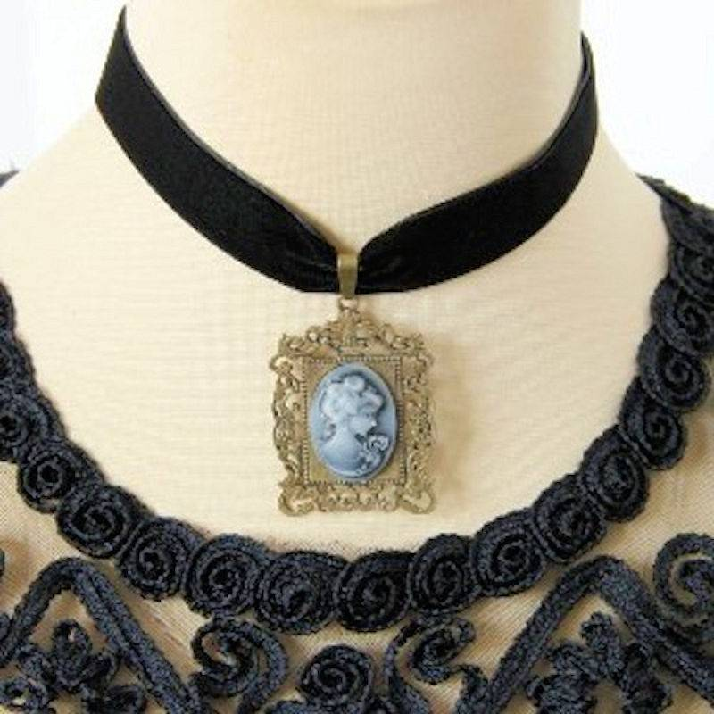 Choker Necklace Vintage Cameo