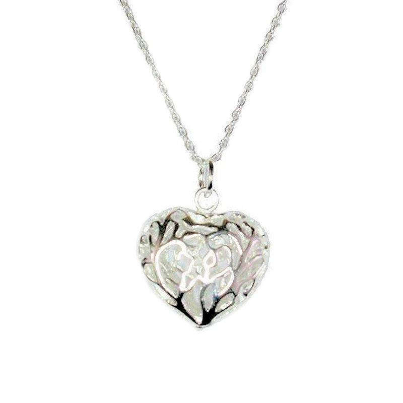 Necklace Silver Filigree Three Dimensional Heart Charm On Chain